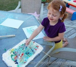 Shaving Cream Art & Shaving Cream Activities for kids or Adults! Make Colorful Paper Prints Using Shaving Cream & Food Coloring! This is a fun way to make your own wrapping paper or note cards!! Perfect handmade thank you note idea! happydealhappyday.com