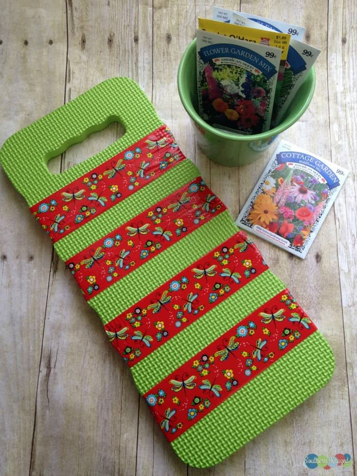 Washi-Tape-DIY-Garden-Kneeler