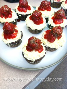Spaghetti & Meatball Cupcakes for April Fools!