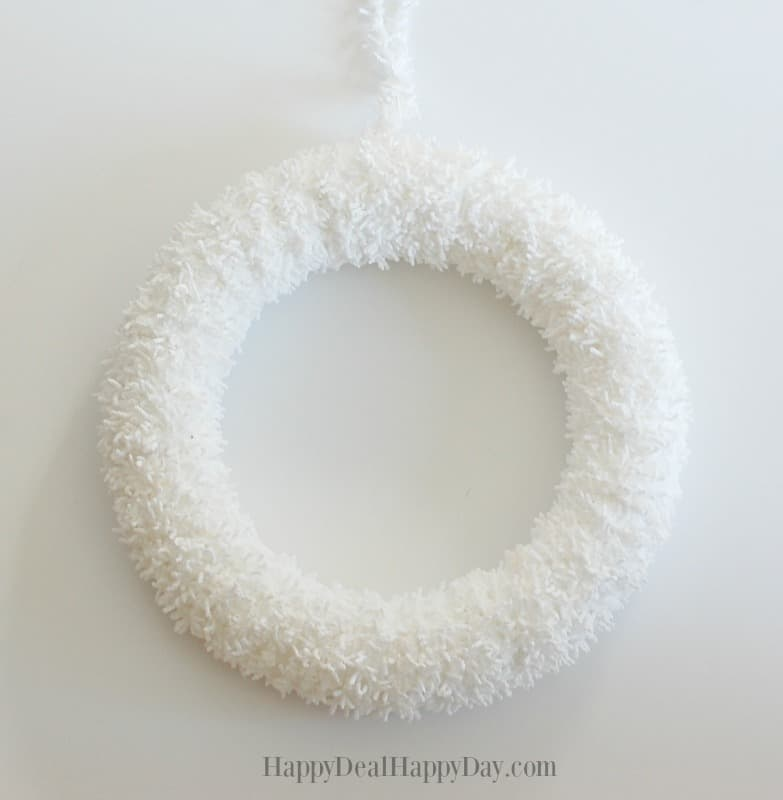 white wreath wm