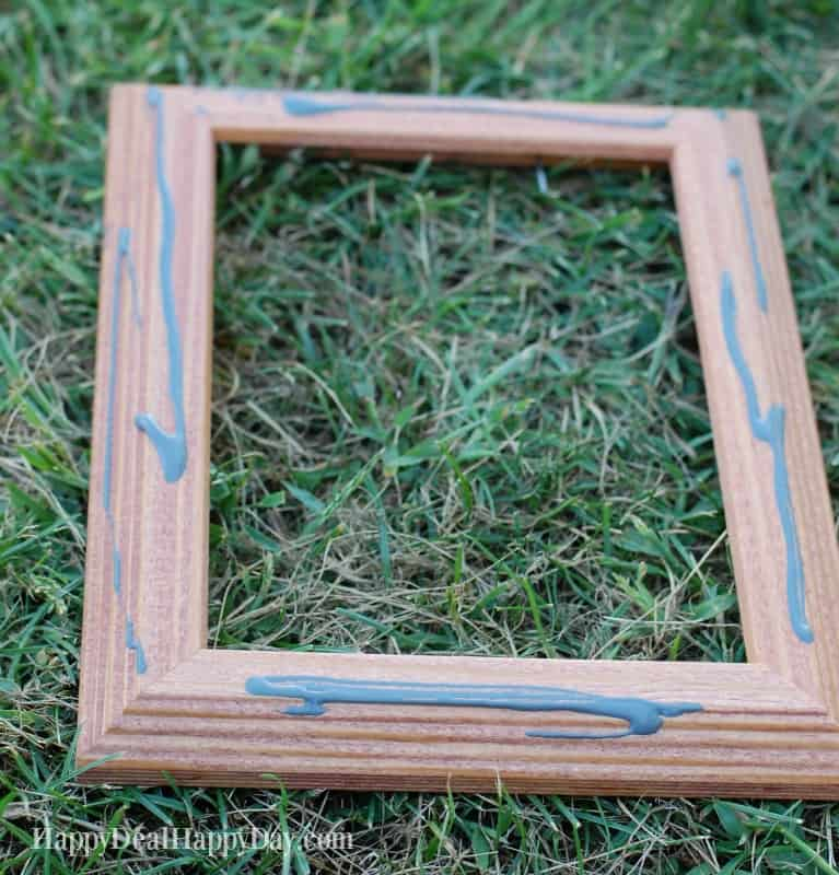 How To Distress A Picture Frame From The Dollar Tree! | Happy Deal ...