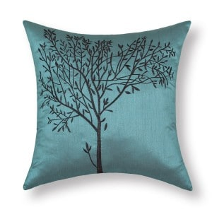 guest-room-throw-pillow