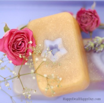 Easy Melt & Pour Lavender & Rose Soap with Gold Mica Powder