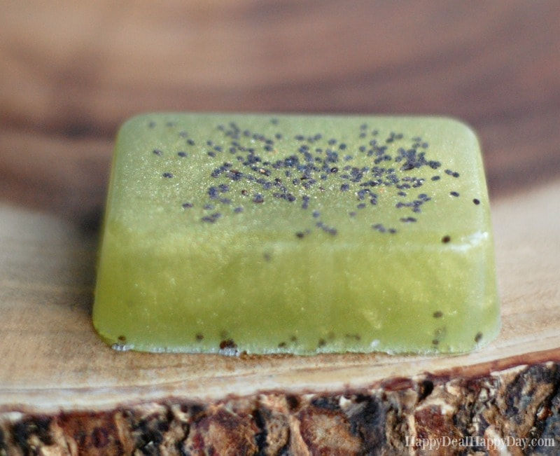 Melt & Pour Lime and Cedarwood Soap with Chia Seeds