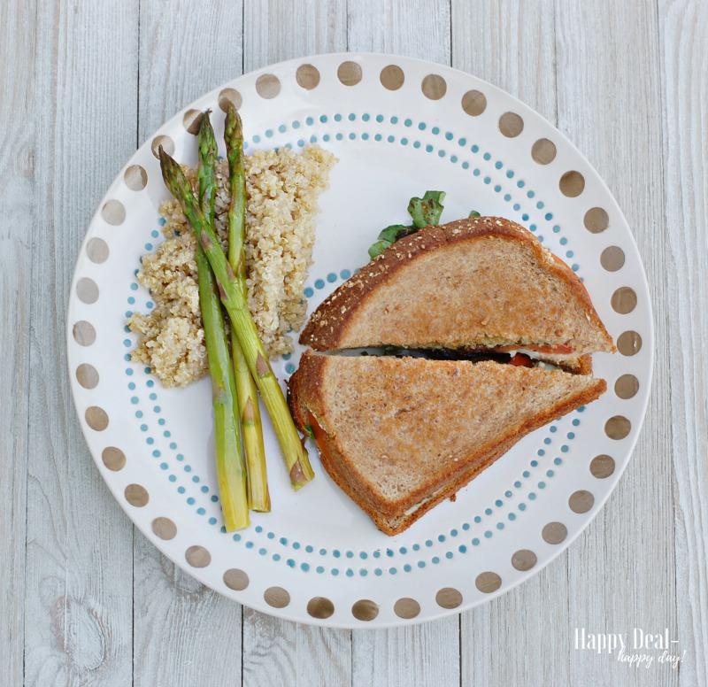 Pesto Caprese Grilled Sandwich Recipe