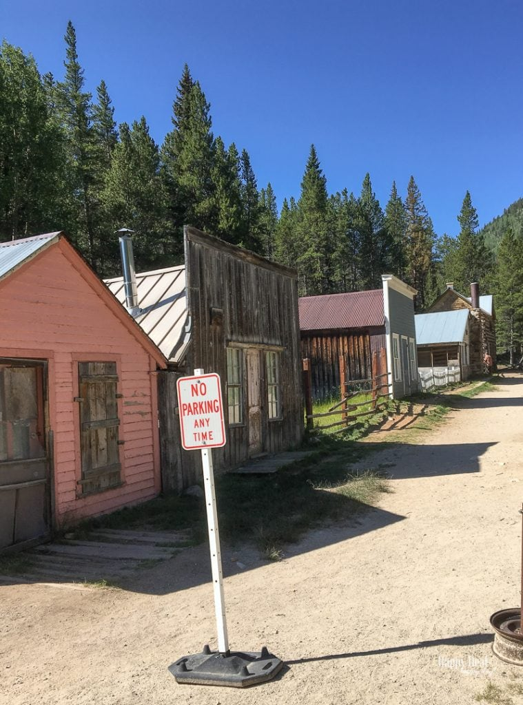 ghost town in St. elmo colorado