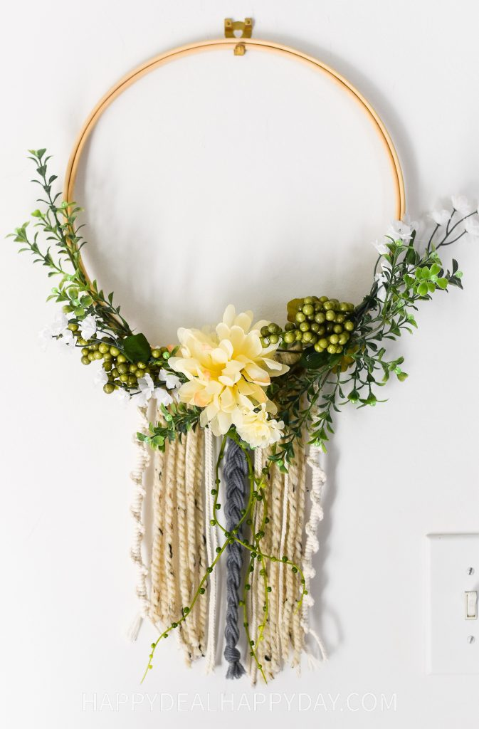 DIY Christmas Gift Boho Loop Wreath